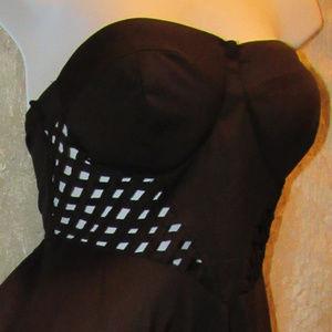 Love Culture Dresses - Love Culture Strapless Backless Lattice Dress L